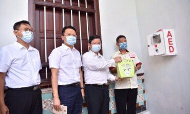 Penang Chief Minister officiate installation of PAD in Seh Tek Tong Cheah Kongsi
